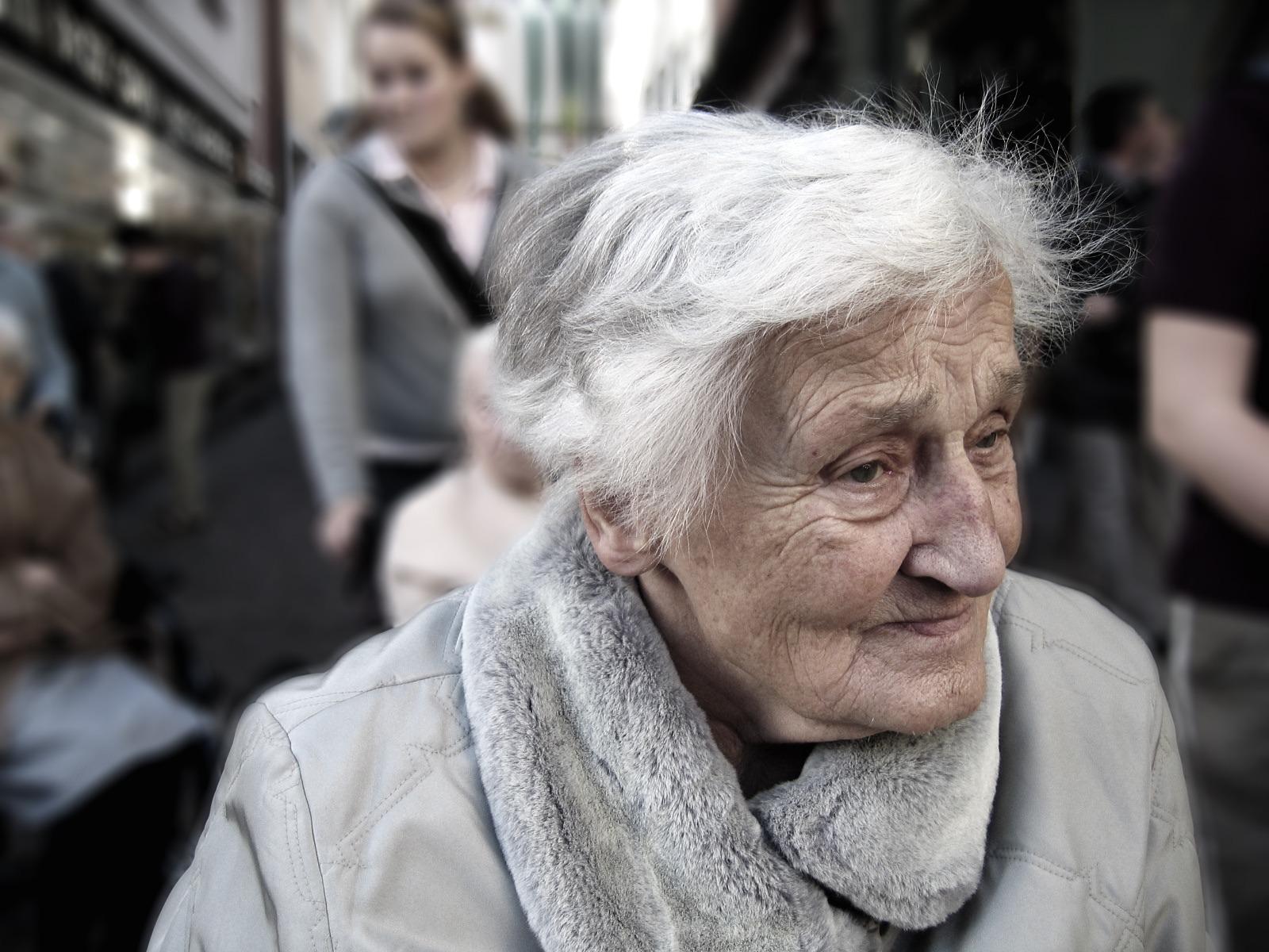 anzeichen beginnender demenz