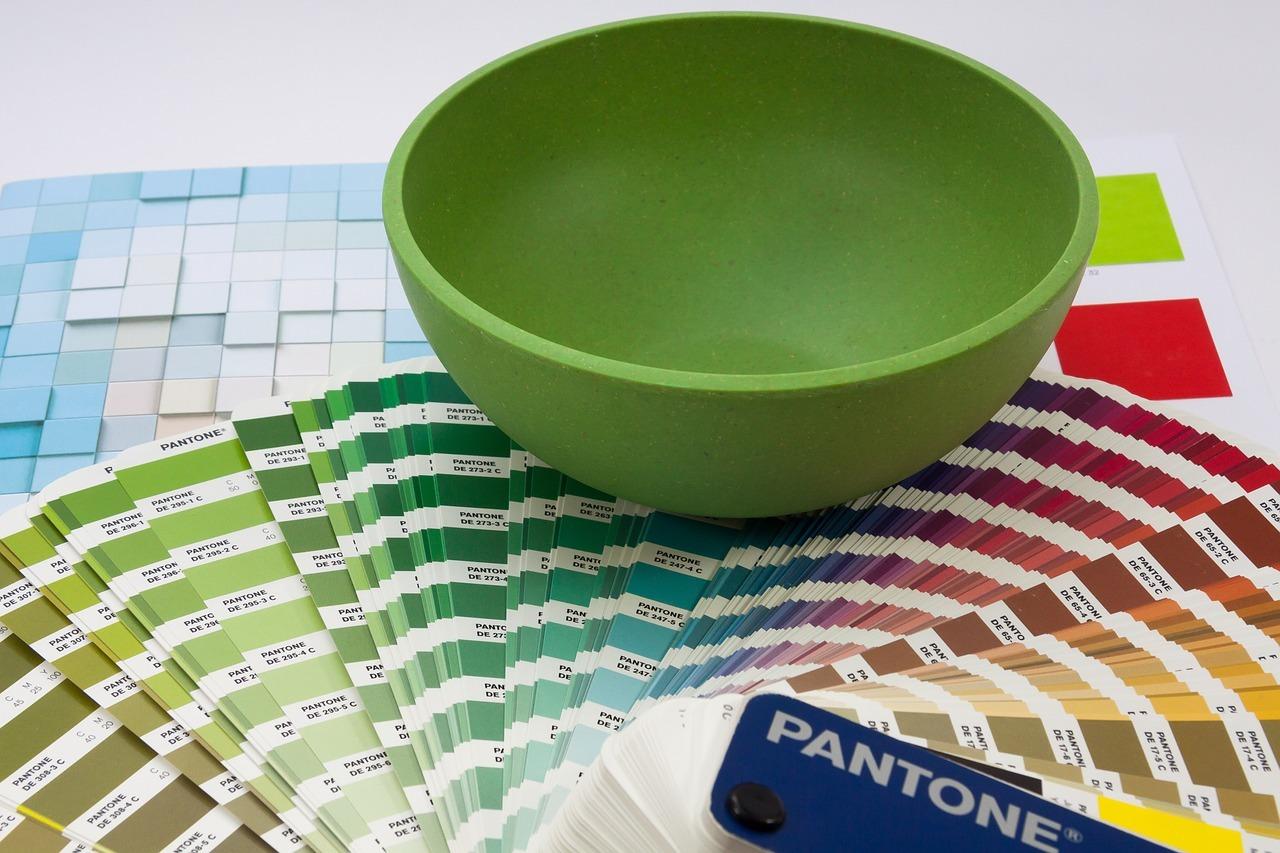 Eine zentrale Rolle bei der professionelle Planung und Gestaltung der Innenräume spielen die Themen Farbe, Form und Funktion