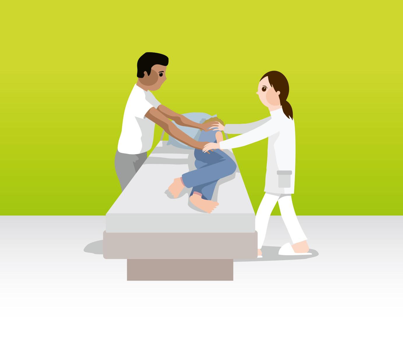 Umlagerung des Bewohners mit zwei Pflegekräften