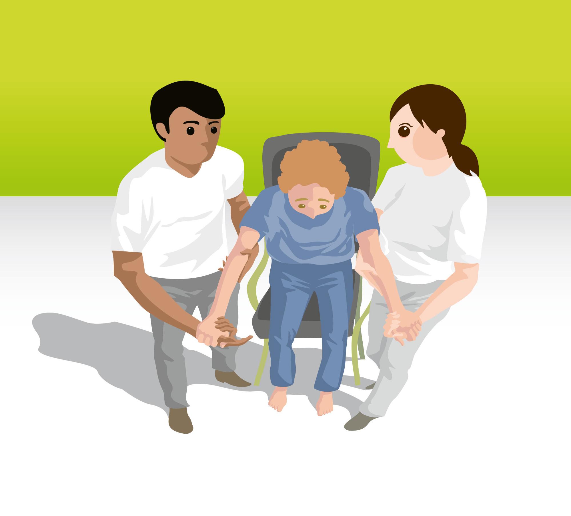 Mobilisation unterstützt durch zwei Pflegekräfte
