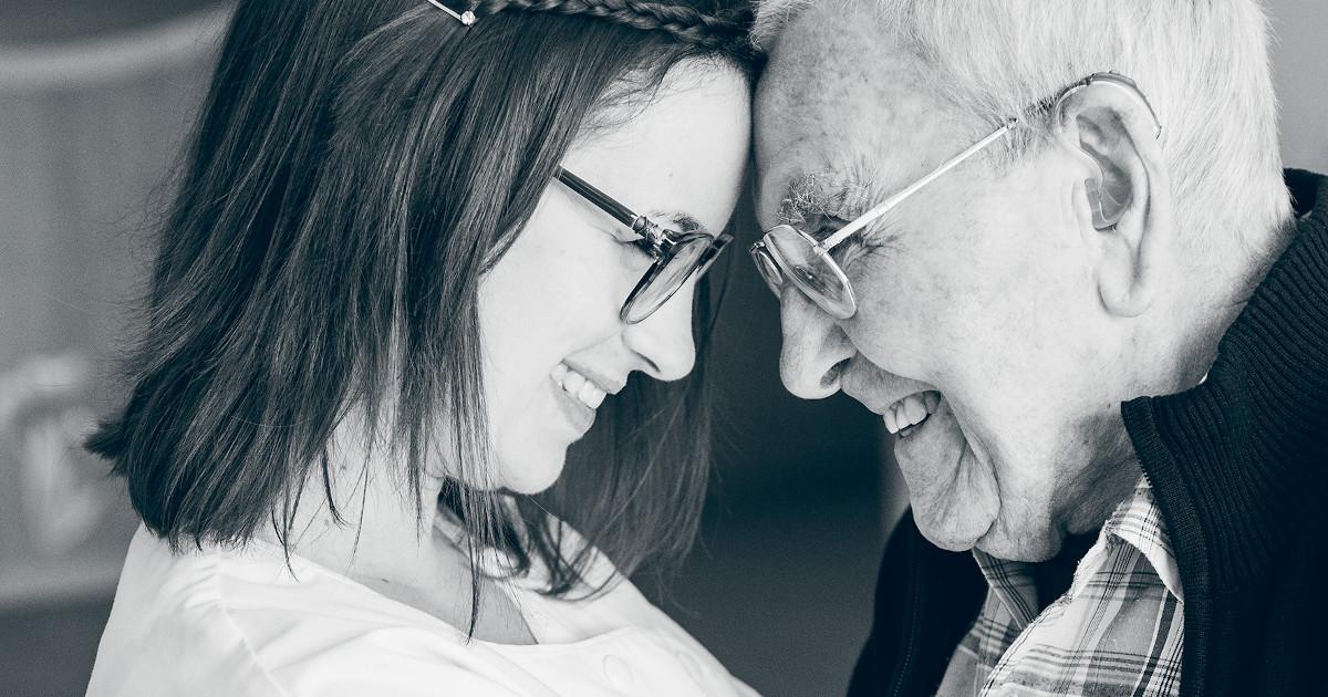 Was Menschen motiviert, in der Altenpflege zu arbeiten